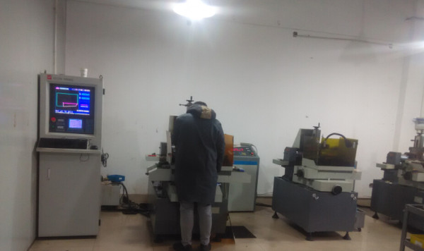 WEDM Machine PCBN Inserts,CBN inserts,CVD inserts,PCD insert manufacturers